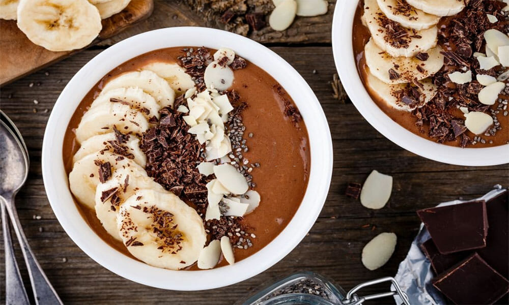 Banana-High-Protein-Smoothie-Bowl-1000x600