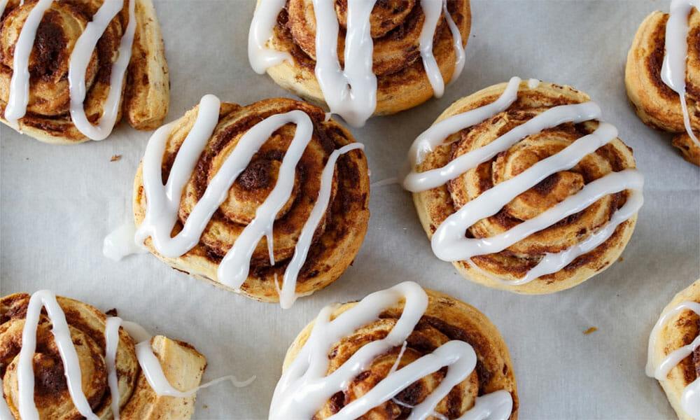 cinnamon-rolls-ft-img